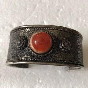 Antique carnelian cuff